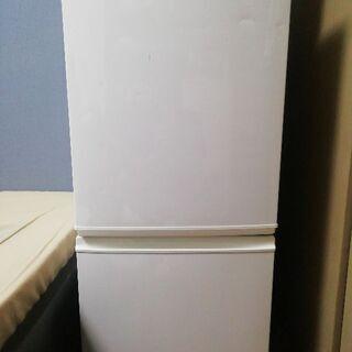 冷蔵庫(シャープ)2009年製130ᒪ