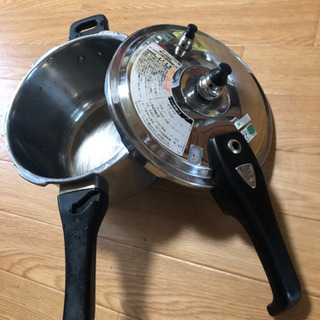 家庭用圧力鍋