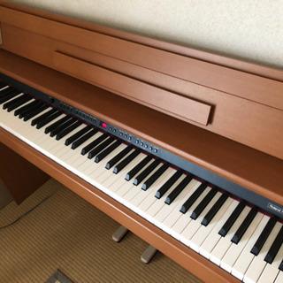 電子ピアノ  ROLAND DP-900