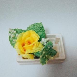 幸福の黄色いバラ