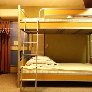 パイプベッド 2段ベッド 下段カーテン付き 2台あり