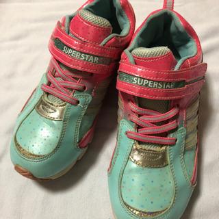 黄緑・ピンクの運動靴 23.5cm