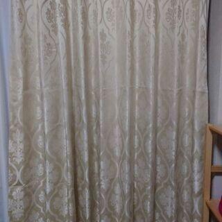 新品カーテン