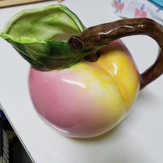 桃の形の花瓶  水差しにも