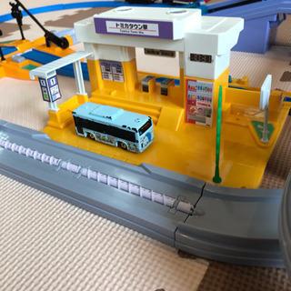 すいすいロード駅&踏切セット➕S-08 E2系新幹線(連結仕様)