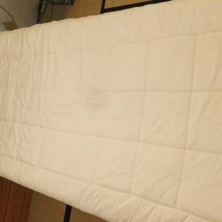布団と枕  1