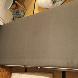 布団と枕  2