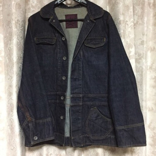 デニムのジャケット (Gジャン?)