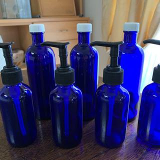 遮光ガラス製保存ビン・ポンプ
