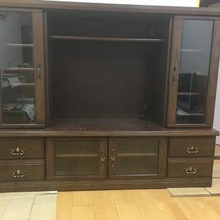 大きめなテレビ台です、キズ、色ハゲ等がありますが使っていただける...