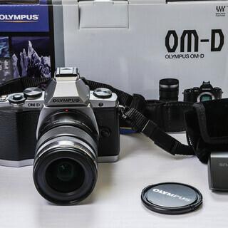 OLYMPUS オリンパス OM-D E-M5 12-50レンズ...