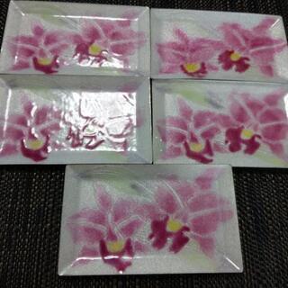 七宝焼 蘭の絵柄のトレー