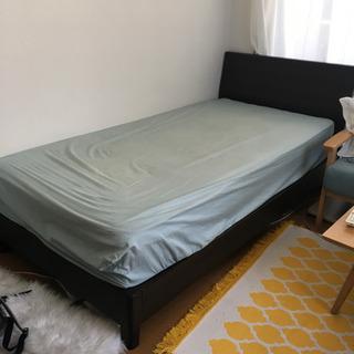 シングルベッドフレーム無料