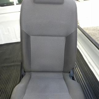 日産キャラバン NV350(E26)運転席シート 中古