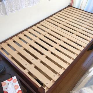 木製すのこベッド美品 下部収納が広いので便利!2014年7月購入