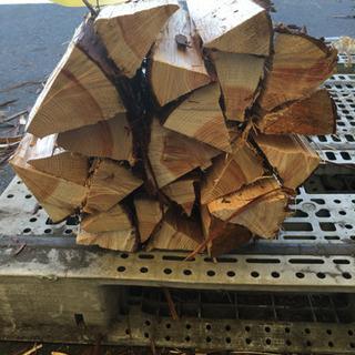 杉ヒノキ混合乾燥済 薪約10キロ