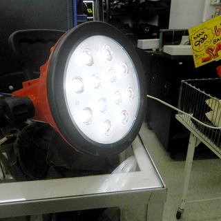LED投光器 12W 持ち運び可能 ライト 照明 ☆ PayPa...