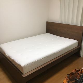 IKEAダブルベッド