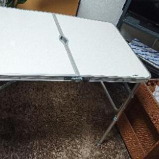 折りたたみテーブル ホワイト