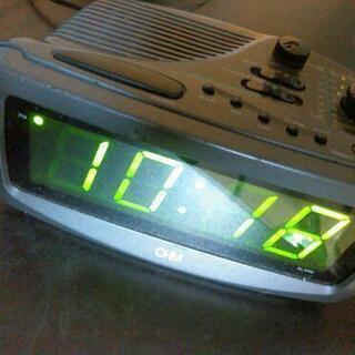 目覚ましラジオ