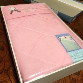 【9/30まで、値下げ可】贈答用 新品 ピンク キルティケット