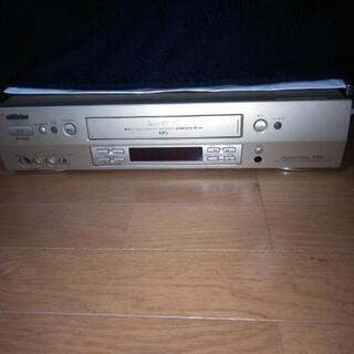 VHSテープデッキ