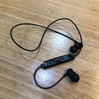 Bluetooth  ワイヤレスイヤホン  QB-081