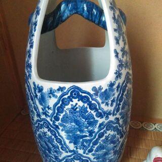 花瓶(高さ42幅22奥行22)