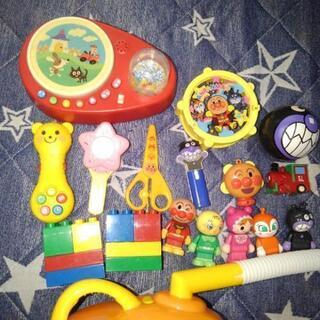 アンパンマン掃除機、その他おもちゃ