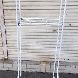 札幌市 洗濯機の所に置く棚 足が一個取れて無い 現状渡し中古
