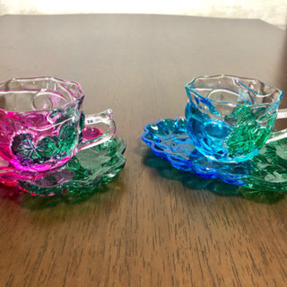 ガラス製のカップ&ソーサー ペアセット
