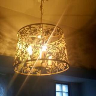 ✨素敵✨照明器具✨3灯✨ホワイト✨