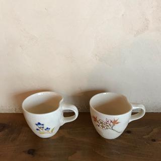 桔梗と桜のカップ2個by荒木幹二朗