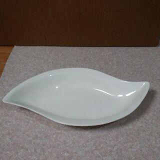 未使用のお皿(画像は使用品の見本です。)