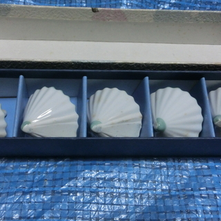 傘箸置き(陶器、未使用箱入り)5個入り