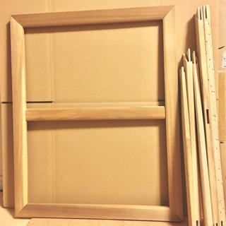 油彩の木枠(木材)、木製パネルの画像