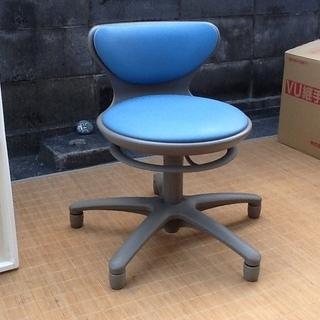 okamura 岡村製作所の昇降スツール CS15RF 回転椅子...