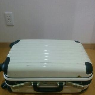 【値下げ】4輪スーツケース・キャリーケース(白)