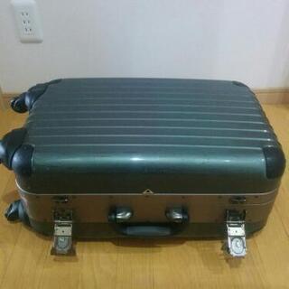 【値下げ】4輪スーツケース・キャリーケース