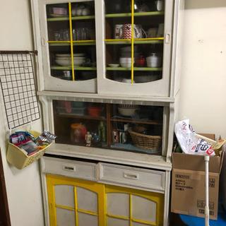 ナチュラルな食器棚    詳細載せました!