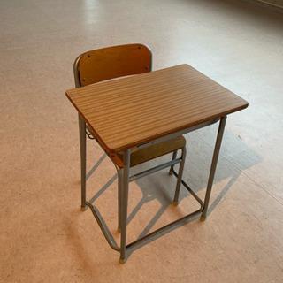 学校机、学校椅子(2号)