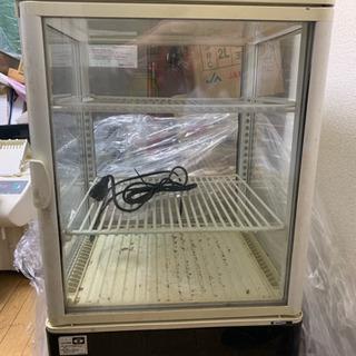 便利な前後扉開く54L冷蔵庫