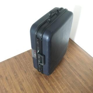 キャリーバック、キャリーケース、スーツケース、トランク
