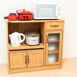 1人暮らしにちょうど良いサイズの食器棚