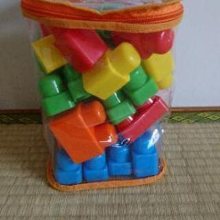 おもちゃ 西松屋ブロック