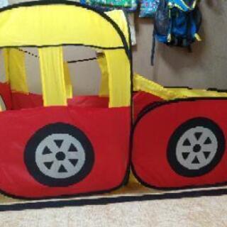 車玩具の遊び