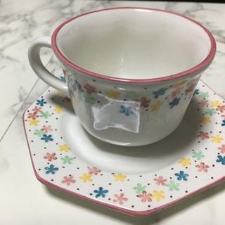 アフタヌーンティー  カップ&お皿セット×2セット