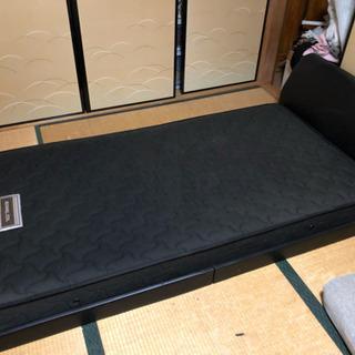 シングルベッド枠付き 二人がけソファーのセット