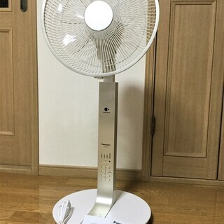 ★使用僅少 Panasonic リビング扇風機 F-CP3…