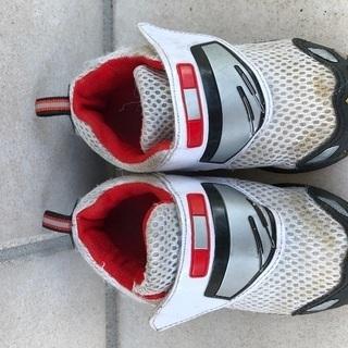 トミカ靴17センチ